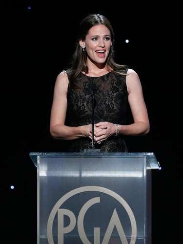 Jennifer Garner también presentó un premio en los Producers Guild Awards además de mostrarle su apoyo incondicional a su esposo Ben Affleck