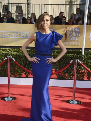 Así disfruta Giuliana Rancic, la famosa conductora de televisión, de esta alfombra roja.