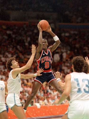 Before coming to the NBA, Jordan led the United States to the gold medal at the 1984 Olympic Games in Los Angeles.