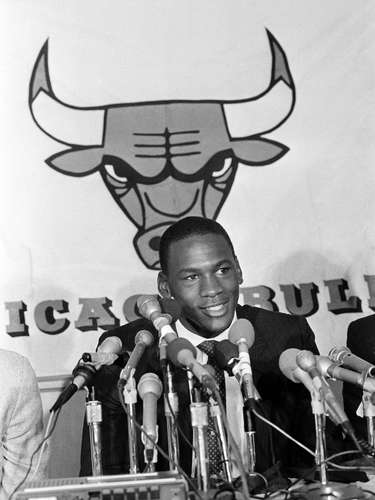 Jordan signed a seven-year contract with the Bulls, who drafted him third in the draft. A legendary career was about to begin.