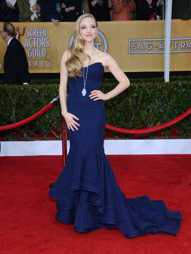 BEST: Another subtle blue dress that made a bang on the red carpet was Amanda Seyfried's look.