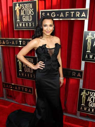 'Glee' actress Naya Rivera arrives at the Screen Actors Guild Awards with one of the most drool-enducing plunging necklines of the night. Take a look the best of Naya's cleavage ahead.