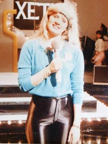 A sus 18 años Érika Buenfil debutó como una de las conductora en la emisión juvenil 'Xe-Tú'.