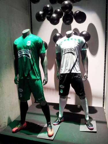 Uniformes de entrenamiento Nike para Atlético Nacional.
