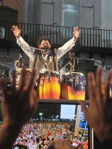 Ya caída la noche, fue el turno del recital de Rubén Rada.