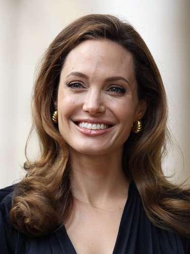 Después de hacer por muchos años cine, dirigiendo y produciendo, Angelina Jolie decidió alejarse para dedicarse a sus hijos y a sus labores altruistas.