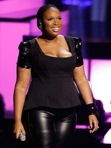 En 2004, Jennifer llamó la atención del público al participar en el reality show American Idol, sin embargo, en ese entonces tenía una figura completamente distinta.