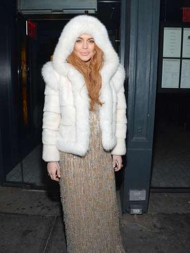 ¿En verdad hacía mucho frío donde Lindsay estaba como para traer tremendo abrigo de pieles?