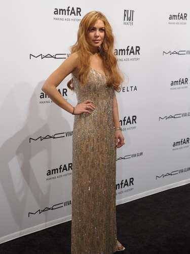Lindsay Lohan no se deprime y ella sigue viviendo la gran vida como los ricos y famosos