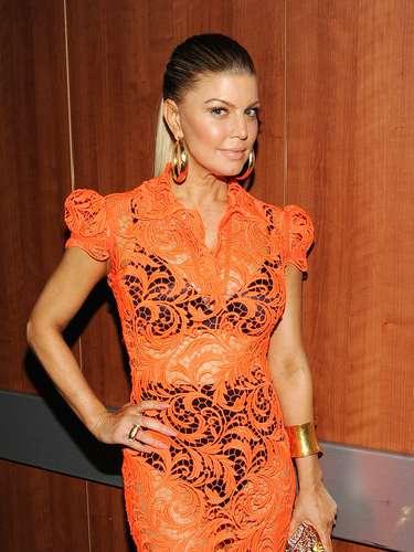 Fergie es otra figura femenina consentida de la industria musical, la cantante de los Black Eyed Peas no escatimó en mostrar sus curvas.