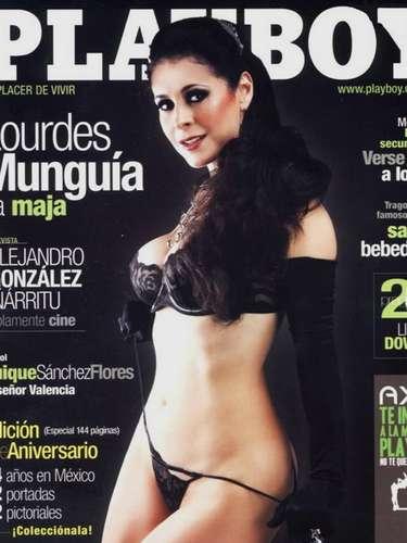 Lourdes Munguía tampoco desilusionó a sus fans y posó para Playboy su escultural figura.
