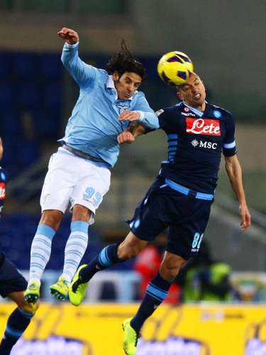 Lazio had everything to get closer to Napoli with a score by Sergio Floccari in the 11th minute, until Hugo Campagnaro scored the equalizer in the 87th minute.