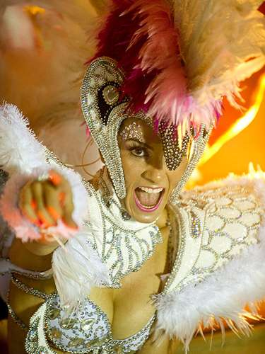 Dancers of the Salgueiro samba school are distinguished by their exquisite dance; with one look the dancers of the school made men crazy with their eyes.