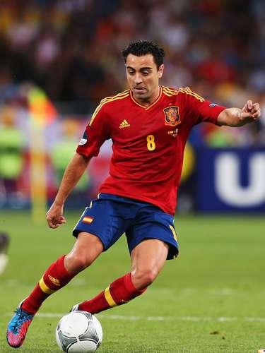 Xavi Hernandez:el 'cerebro' de España acude a la Confederaciones dispuesto a seguir dejando su sello en el fútbol mundial. Es el representante de la cultura de toque en el Barça y en la 'Roja'.