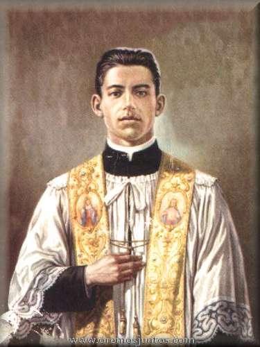 Ángel Darío Acosta Zurita, nació el 20 de diciembre de 1908, en Naolinco, Veracruz. Recibió la ordenación sacerdotal el 25 de abril de 1931 y en julio de ese mismo año en la parroquia de la Asunción, un grupo de militares armados entraron comenzaron a disparar contra los sacerdotes. Al escuchar las detonaciones exclamó Si algo quieren conmigo, acompáñenme a la Sacristía. Antes de llegar a la sacristía le dispararon por la espalda, ahí cayó acribillado por las balas, bañado en sangre, exclamando ¡Jesús!. El 20 de noviembre del 2005 Benedicto XVI lo nombró beato.