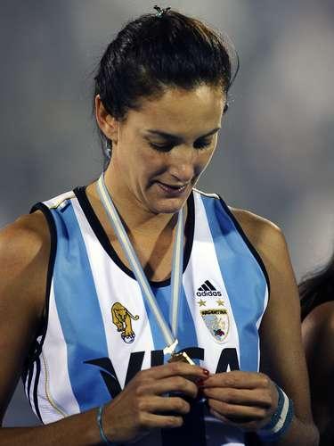 Luciana Aymar (Hockey sobre Hierba-Argentina): Esta bella atleta, conocida como la 'Maradona del Hockey', además de sus cualidades físicas, es una de las mejores jugadoras de la historia, lo que corroboran dos medallas olímpicas de plata (Sídney 2000 y Londres 2012) y dos de bronce (Atenas 2004 y Pekín 2008).