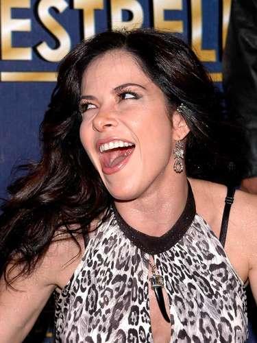 Gloria Trevi dejó plasmadas sus huellas en el Paseo de las Luminarias de México, uniéndose a una larga lista de famosos, el 1 noviembre de 2006.