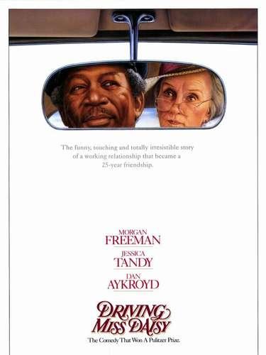 Para 1989 el drama que se combina con comedia, denominadoDriving Miss Daisy, del director Bruce Beresford, logró alzarse con el premio de de ese año.