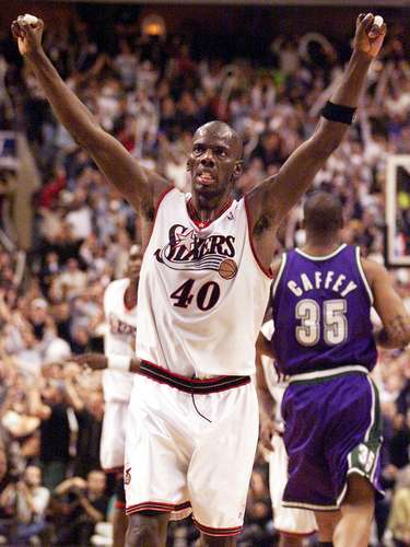 El ex ala-pívot Tyrone Hill fue All Star en 1995, además haber llegado a las finales de la NBA en 2001 con Philadelphia 76ers, luego de ser campeón de la Conferencia Este.