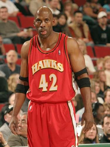 El ex pívot Kevin Willis tuvo una exitosa carrera de 22 temporadas en activo, en la que fue All Star en 1992, además de haber sido campeón con los Spurs de San Antonio en 2003.