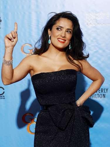 Salma Hayek tiene 45 años, sí, leyeron ustedes bien. La mexicana seguro esconde los años detrás de esas curvas que ¡nos encantan!