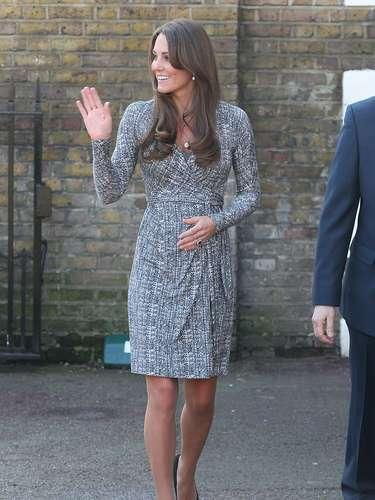El heredero a la corona británica nacerá en Julio y aún no se sabe el sexo del bebé