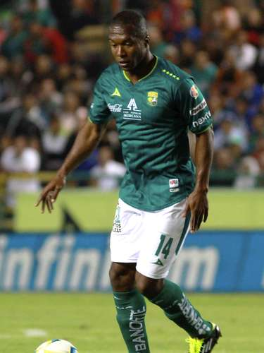 Yovanni Arrechea se desempeña bien como mediapunta y viene de anotarle al San Luis. El colombiano tiene buena pegada de media distancia y con un disparo puede inclinar la balanza a favor de los 'Panzas Verdes'.