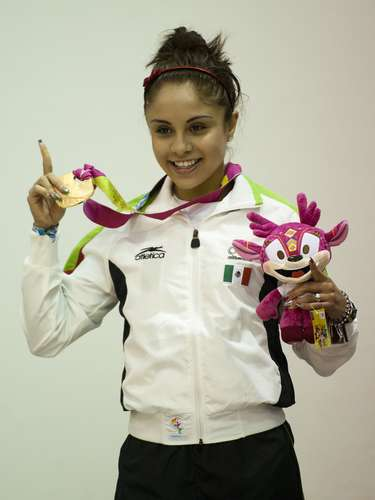 Paola Longoria (Racquetball-Mexico): This beautiful racquetball player finished first in the 2008-2009, 2009-2010 and 2011-2012 seasons. She won three gold medals at the Guadalajara 2011 Pan American Games.