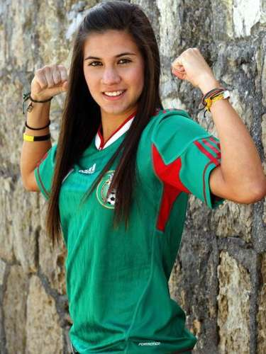 Nayeli Rangel (Mexico-Soccer): This beautiful captain of the U-20 Mexican team made her debut at the top level in the 2011 World Cup and will play in the new women's league in the United States.