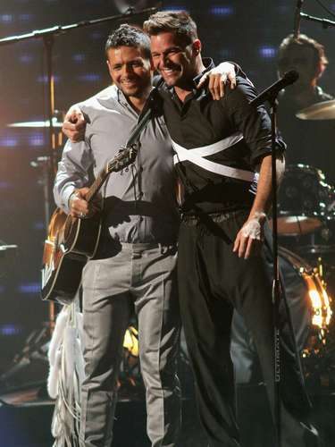 Draco Rosa & Ricky Martin undoubtedly had one of the top performances of the 25th annual Premio Lo Nuestro.