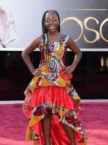 La actrizRachel Mwanza rompió todos los moldes de Hollywood y pisó la alfombra con su propio estilo.