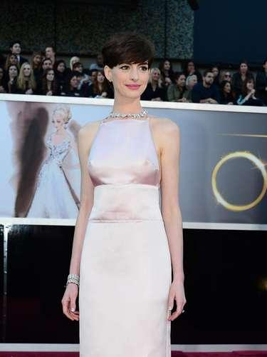 Anne Hathaway es la actriz favorita para llevarse el Oscar en la categoría de Mejor Actriz de Reparto por 'Les Misérables'