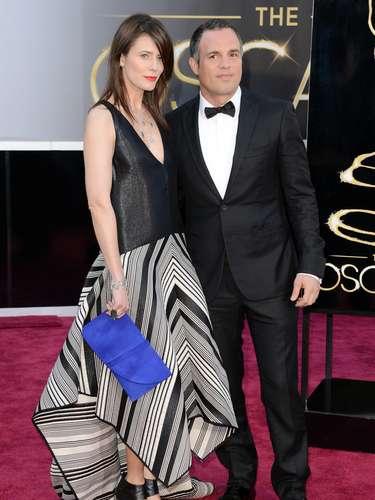 Mark Ruffaloy su esposaSunrise Coigney.