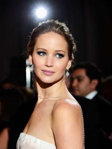 Jennifer Lawrence se coronó anoche como la niña consentida de Hollywood. Al ser la ganadora del Oscar como Mejor Actriz.