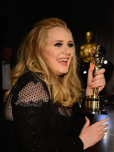 Ganadora de numerosos multiplatino y otros premios como el Grammy, la cantautora ha tenido millonarias ventas gracias a sus éxitos \