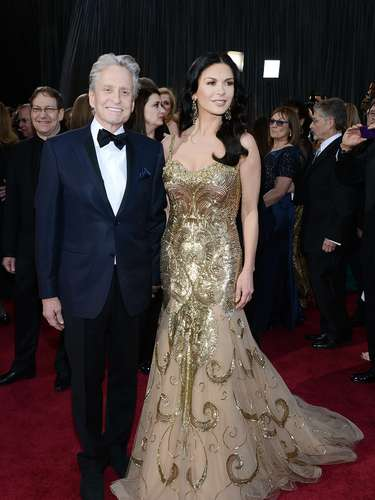 Michael Douglas is a lucky man to have such a glamazon like Catherine Zeta-Jones on his arm forever!