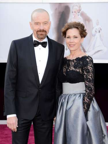 'Argo' star Bryan Cranston and wife Robin Dearden adorable on the red carpet.