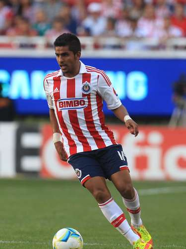 Miguel Angel Ponce has Mexican parents. Club: Chivas. Place of birth: Sacramento, California.