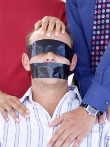 Un estudio elaborado por el Grupo Multisistemas de Seguridad Industrial, una empresa líder en seguridad en México, agrega que la mente del victimario apunta también a la compra ilegal de datos personales, bancarios y telefónicos de las víctimas.