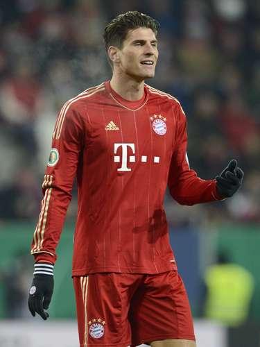 Estealemán demuestra que el Bayern tiene a la delantera más guapa de la Bundesliga y de Europa: se trata de Mario Gómez.