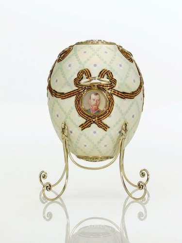 La revolución bolchevique impidió al creador de los célebres huevos Faberge terminar el último encargo del zar. Se trata del huevo. Constelación Zarevich, encargado a comienzos de 1917.