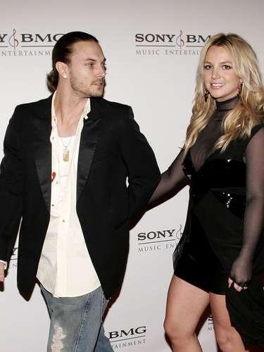 En sus momentos más locos junto a Kevin Federline, Britney se dejo grabar manteniendo relaciones íntimas.