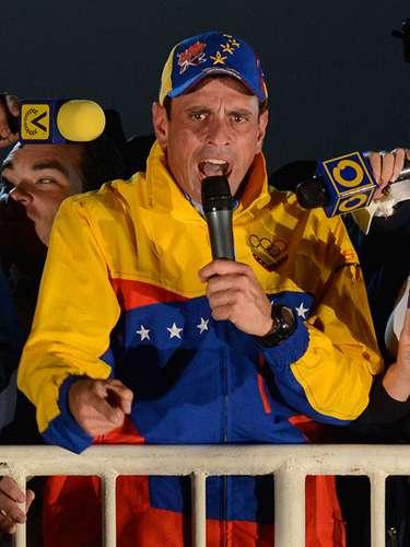 Con 40 años de edad Henrique Capriles Radonski tiene una vasta experiencia política. Comenzó en 1999 cuando fue diputado por el estado de Zulia. Del 2000 al 2008 fue alcalde del municipio de Baruta.