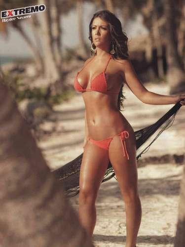La actriz Haydeé Navarra es otra actriz que llegó a las páginas de H Extremo. La veracruzana optó por mostrar su cuerpo a la orilla de la playa.