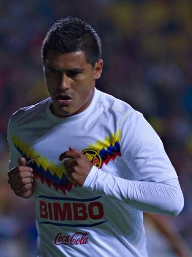 Osvaldo Martínez cobró y estrelló su 'balazo' en el travesaño.