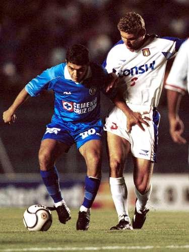 2001 - Sao Caetano 1-1 Cruz Azul - Fase de Grupos