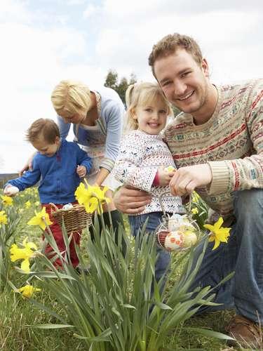 El Domingo de Pascua es una de las fechas tradicionales en EE.UU. para los reencuentros familiares y una ocasión para que las niñas y jóvenes luzcan vestidos casi nupciales.