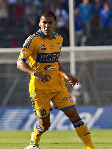 Carlos Salcido-Tigres