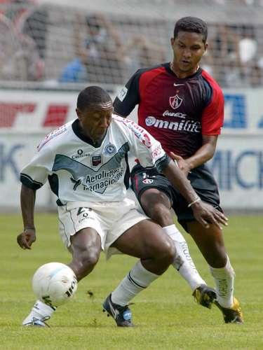 El brasileño Claudio da Silva, coloquialmente conocido como 'Claudinho', era el centro delantero del último Celaya de Primera División.