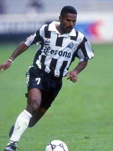 El brasileñoAmarildo Soares fue el héroe que le dio al Celaya el ascenso a Primera División en 1995 tras derrotar al Pachuca en la entonces denominada 'Primera A'.